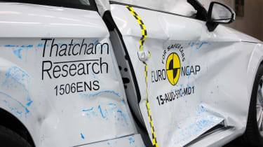 Euro NCAP - white TT side impact