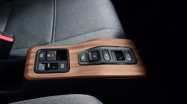 Honda e - centre console