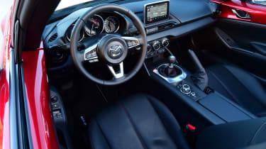 Mazda MX-5 RF 2017 - interior