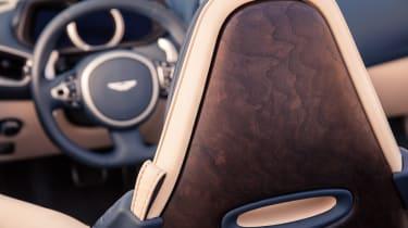 Aston Martin DB11 Volante - steering wheel