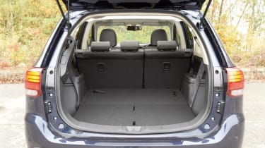 Used Mitsubishi Outlander - boot