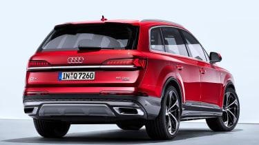 Audi Q7 - studio rear