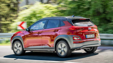 Hyundai Kona Electric - side action