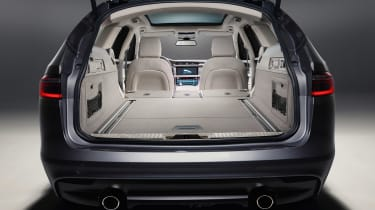 Jaguar XF Sportbrake - boot seats down