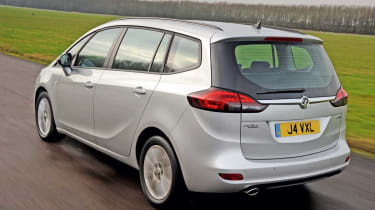 Vauxhall Zafira Tourer 2.0 CDTI rear tracking