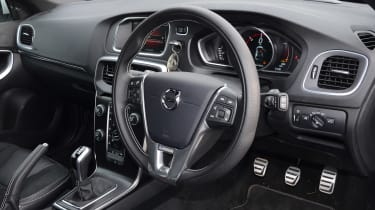 Volvo V40 long-term - first report steering wheel