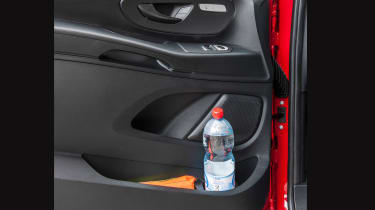 Mercedes Vito van 2015 - door pockets