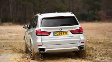 BMW X5 xDrive40e hybrid - rear