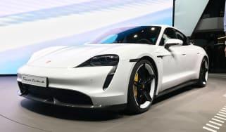 Porsche Taycan - Frankfurt front