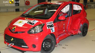 Toyota Aygo Euro NCAP crash test front side