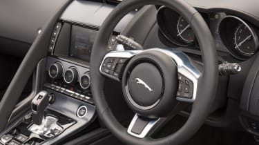 Jaguar F-Type Convertible 2.0-litre 4-cylinder - steering wheel