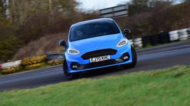 Ford Fiesta ST Edition - cornering