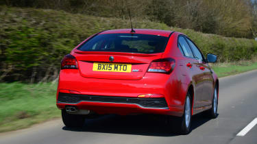 MG6 rear tracking