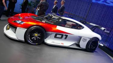 Porsche Mission R - Munich side