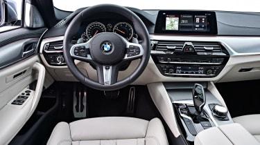 BMW 530d Touring - dash