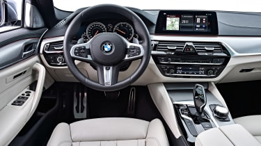 BMW 530d Touring - dash