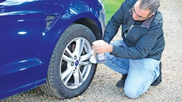Ford S-MAX long-term - fourth report wheel cleaning