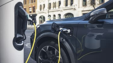 Cupra Formentor - charging