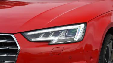Audi S4 - front light detail