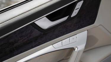 Audi A6 - door