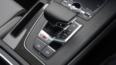 New Audi SQ5 2017 review UK - transmission