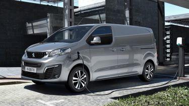 Peugeot e-Expert - front