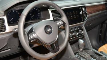 Volkswagen Atlas - LA Motor Show interior