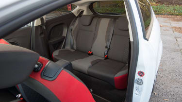 Ford Fiesta 1.0 Mountune - rear seats