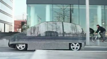 The invisible Mercedes