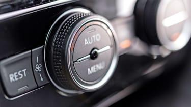 Volkswagen Arteon review - gold controls