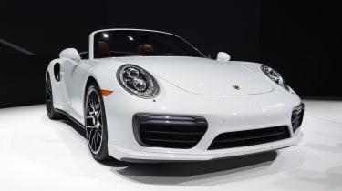 Porsche 911 Turbo Cabriolet 2016 - front quarter show