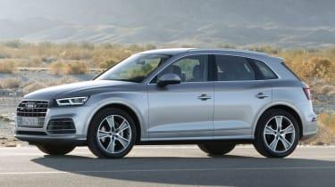 Audi Q5 SUV - front quarter silver 2