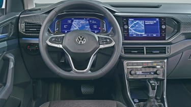 Volkswagen T-Cross - studio dash