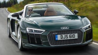 Audi R8 Spyder V10 plus - road action