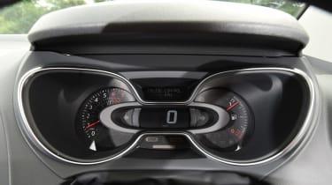Renault Captur Mk1  - dials