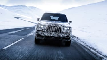 Rolls Royce Cullinan front snow
