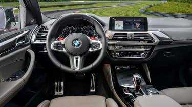 BMW X4 M Competition - interior