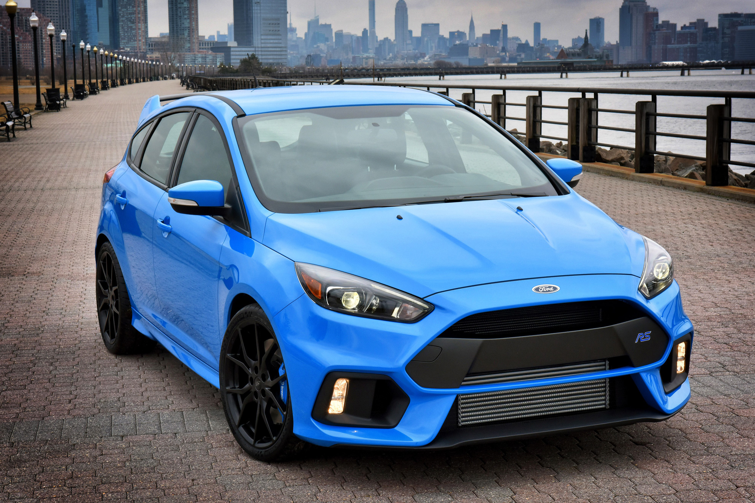 New Ford Focus Rs Full Details On 345bhp 4x4 Mega Hatch Auto Express