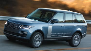 New Range Rover PHEV 2017 review - turning