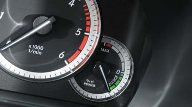 Mercedes E300 BlueTEC Hybrid dials