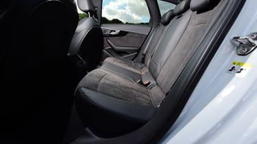 Audi A4 Avant - rear seats