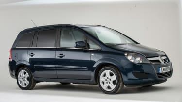 Used Vauxhall Zafira - front