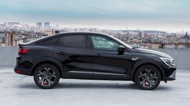 Renault Arkana - side static black