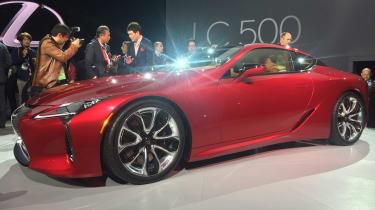 Lexus LC500 - side show