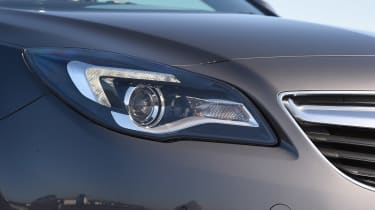 Vauxhall Insignia - front light detail