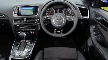Used Audi Q5 - dash
