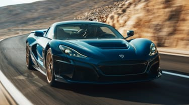 Rimac Nevera - front tracking