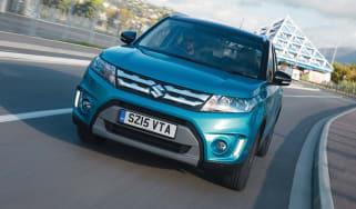 Suzuki Vitara - front tracking
