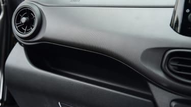 Hyundai i10 - dash