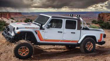 Jeep JT Scrambler - front static